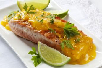 Filé z lososa na pomarančoch